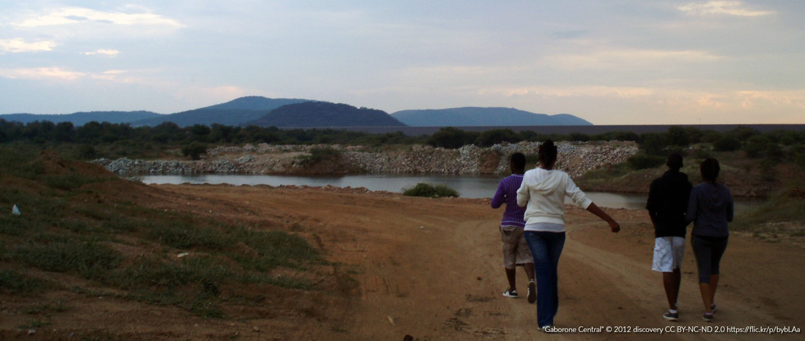 Putting the Internet at the Heart of Africa's Future Thumbnail