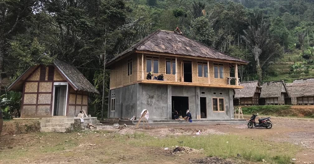 The Common Room: cómo un artista está conectando la Indonesia rural pueblo a pueblo Thumbnail